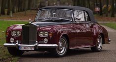 Classic Car News Pics And Videos From Around The World Classic Rolls Royce, Vintage Rolls Royce, Rolls Royce Models, Rolls Royce Cars, Vintage Cars, Antique Cars, Cadillac, Bentley Rolls Royce, Rolls Royce Silver Cloud