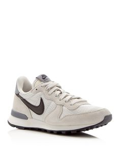 Nike Internationalist Lace Up Sneakers