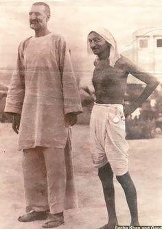 Mahatma Gandhi with Ghaffar Khan (Bacha Khan) Rare Old Unseen : India Pictures - Funny India Pics & Photos