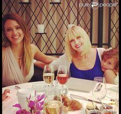 Jessica Alba et sa maman Cathy partagent un brunch pour la fête des mères le 12 mai 2013   Photo Instagram de Jessica Alba