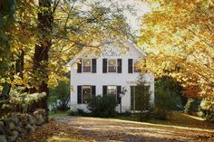 NEWFANE, VERMONT Dreamy New England Homes for Sale - Historic Homes for Sale - Country Living CIRCA Old Houses