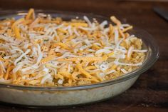 This baked sweet onion pie is a classic southern recipe. Made with Vidalia onions, crackers (Ritz or saltines), eggs, cheese, milk and butter. Delicious savoury pie! Vidalia Onion Pie Recipe, Vidalia Onions, Baked Onions, Tasty Dishes, Side Dishes, Pie Recipes, Crackers, Butter Pie, Dinner Sides
