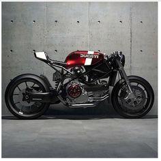 いいね!1,997件、コメント13件 ― Cafe Racers and Lifeさん(@epidemic_motors)のInstagramアカウント: 「Via @ziggymoto Rate 1-10? #StartYourEngines #motorcycle #bike #custom #ride #epidemicmotors…」