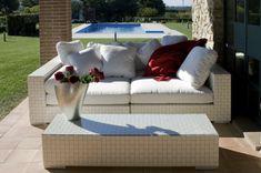 #sofa #belair #alvex #furniture #nabytok #whitesofa #design #relax #cosy #sedacka #terrasse #terasa #pillow #garden #zahrada Outdoor Sofa, Outdoor Furniture, Outdoor Decor, White Sofas, Bel Air, Cosy, Relax, Pillows, Chairs