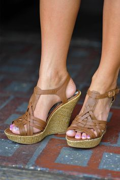 Perfect Summer Wedge: Brown