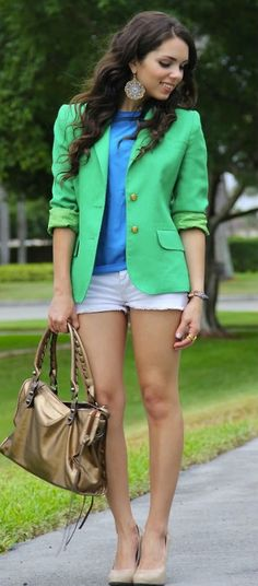 love the color combination of green and blue