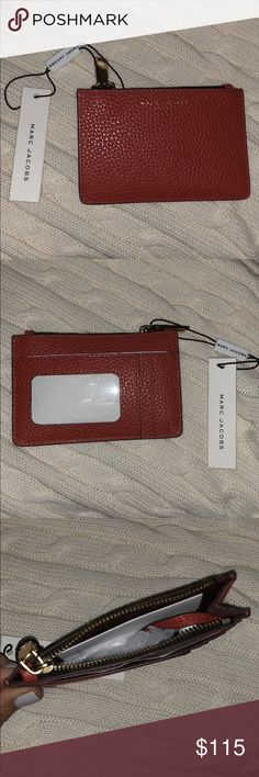 Marc Jacob Keychain Wallet - BRAND NEW with Tags Brand New with tags!! 4 card holder slots on the outside - can hook keys onto it. Reasonable offers only Marc Jacobs Accessories Key & Card Holders