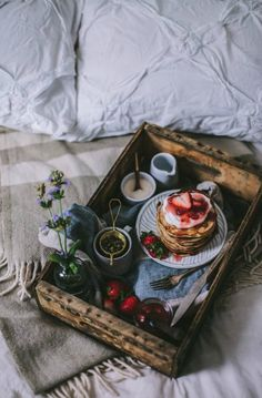 Goat Cheese & Mascarpone Vanilla Bean Pancakes with Strawberry Rhubarb Syrup + A New Seasons Giveaway ( breakfast in bed) The Breakfast Club, Breakfast Time, Romantic Breakfast, Rhubarb Syrup, Rhubarb Sauce, Goat Cheese, Food Inspiration, Waffles, Fruit Pancakes