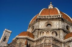 Beautifuly composed photo of the #Duomo in #Florence, #Italy. | Picfari.com