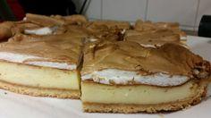 Zitronen-Quark Kuchen mit goldener Baiserhaube
