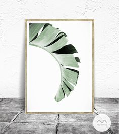 Banana Leaf Print - Baydreem. Tropical Decor, Minimalist Photography, Banana Leaf Wall Art, Tropical Greenery, Tropical Print, Banana Leaf by Baydreem on Etsy https://www.etsy.com/listing/523112428/banana-leaf-print-baydreem-tropical