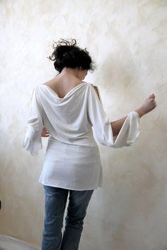 White jersey peplos long open sleeve shirt  women by LoreTree, €55.00