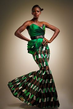Make Fashion Statement With Kente Mixed With Lace - Sisi Couture African Inspired Fashion, African Print Fashion, Africa Fashion, Fashion Prints, Fashion Design, African Prints, African Wear, African Women, African Dress