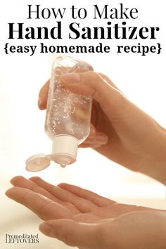 Make a gentler hand sanitizer by using aloe vera gel as the base for your homema. - Make a gentler hand sanitizer by using aloe vera gel as the base for your homemade hand sanitizer. Aloe Vera Gel, Cleaners Homemade, Rubbing Alcohol, Isopropyl Alcohol Uses, Belleza Natural, Diy Cleaning Products, Cleaning Hacks, Cleaning Supplies, Tea Tree Oil
