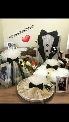 This is perfect for taking joda Geschenk ver packungen Wedding Hamper, Wedding Gift Baskets, Wedding Gift Wrapping, Wedding Gift Boxes, Wedding Crafts, Diy Wedding, Wedding Decorations, Decorated Gift Bags, Afghan Wedding