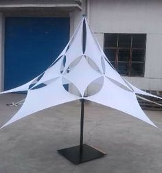 Event Architecture - lycra sails, stretch tent and fabric creations for exhibitions Fabric Structure, Shade Structure, Pvc Tent, Fabric Installation, Psychedelic Decor, Tensile Structures, Church Stage, Fabric Lampshade, Roof Design
