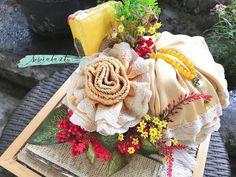 Fabric Boxes Tutorial, Box Cake, Burlap Wreath, Worksheets, Dream Wedding, Bucket, Wreaths, Random, Gifts