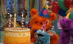 Bear in the Big Blue House Mouse Party Cute Memes, Funny Memes, Big Blue House, Rat Man, Cute Rats, House Mouse, Kids Tv, Wholesome Memes, Mood Pics