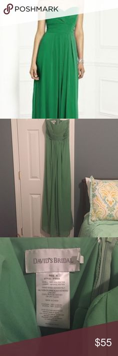 Kelly Green strapless dress by David's Bridal sz 6 Floor length kelly green strapless bridesmaid dress by David's Bridal size 6. In perfect condition- worn once for approximately 3 hours for an afternoon wedding. Did not have any alterations done on this dress- it is as it came from David's Bridal. David's Bridal Dresses Strapless