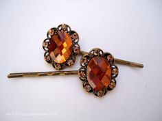 Love knot by Kate Brooks on Etsy