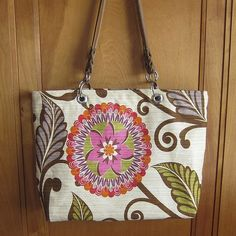Laptop Tote Bag | www.justcraftyenough.com/?p=13056 | katbaro | Flickr