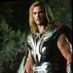 a blonde Chris Hemsworth as Thor in The Avengers ... that triceps bulge is just fascinating