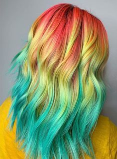 Nice combination of colors for hair Fire Hair Color, Vivid Hair Color, Vibrant Hair Colors, Beautiful Hair Color, Colorful Hair, Unicorn Hair Color, I Like Your Hair, Hair Arrange, Playing With Hair