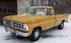 Original Paint: 1971 Ford This 1971 Ford is a truck that's said to be rust-free with original miles. It's being offered by the first owner who … Old Ford Pickup Truck, Vintage Pickup Trucks, Classic Ford Trucks, Old Ford Trucks, 4x4 Trucks, Diesel Trucks, F100 Truck, Ford Diesel, Truck Mods