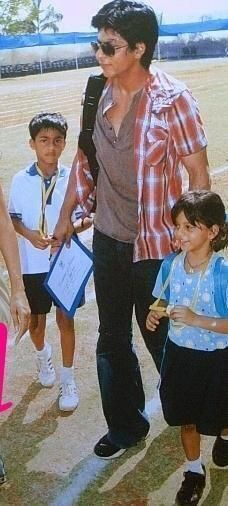 Shah Rukh Khan with Aryan Suhana