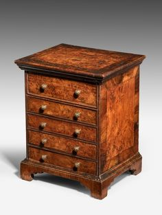 Early Century Burr Oak Miniature 'Apprentice Piece' Chest of Drawers Chest Of Drawers Makeover, Tallboy Chest Of Drawers, Wide Chest Of Drawers, Vintage Chest Of Drawers, Miniature Furniture, Doll Furniture, Antique Furniture, Southern Furniture, Small Dresser