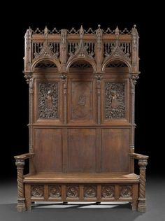 Arredare casa con mobili antichi libreria gotica in noce for Casa revival gotica