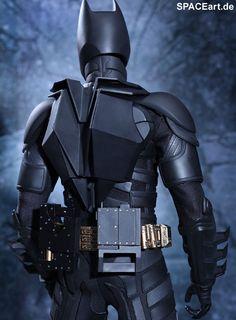 Batman - The Dark Knight Rises: Giant Batman, Voll bewegliche Deluxe-Figur ... http://spaceart.de/produkte/bm017.php