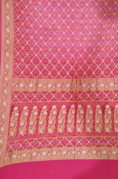 Bandhani Saree, Silk Sarees, Saree Jewellery, Buy Sarees Online, Unique Art, Blouse Designs, Tie Dye, Pure Products, Embroidery