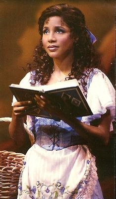 Toni Braxton reading as Belle in the Broadway production of Disney's Beauty and the Beast Her role marked the first time a black woman commanded the leading role of Belle on Broadway and the first time a black woman would star in a Disney. Toni Braxton, Beauty And The Beast Costume, Belle Beauty And The Beast, Beauty Beast, Theatre Geek, Musical Theatre, Cinderella Broadway, Mary Sue, We Are The World