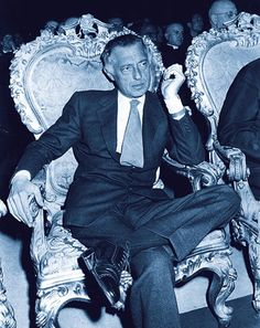 Giovanni Agnelli - Because this man simply reinvented fashion the Italian way.