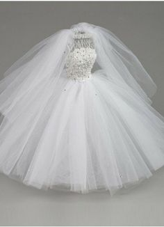 This beautiful dress form is hand decorated with crystals, and simply elegant. Elegant for all your decorating ideas, perhaps the engagement party or the wedding or her bridal shower. Wedding Wreaths, Craft Wedding, Wedding Bride, Wedding Decorations, Wedding Bows, Tutu Centerpieces, Bridal Shower Centerpieces, Wedding Wine Bottles, Bride Dolls