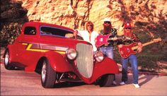 ZZ Top frontman Billy Gibbons is no stranger to the automotive world with a car collection like no other, but none is more famous than Eliminator. Billy Gibbons, Muscle Cars Vintage, Vintage Cars, Retro Cars, Hot Rods, Zz Top Car, Carros Hot Rod, Gta, Hot Rod Autos