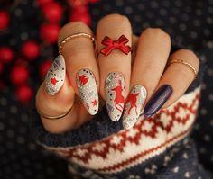 Świąteczne paznokcie z wieloma detalami | FollyNail Crazy Nail Art, Crazy Nails, Nail Manicure, Beauty Hacks, Beauty Tips, Nail Designs, Christmas, Nailart, Advent