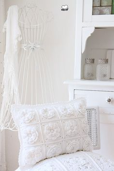 Crochet Flower Cushion
