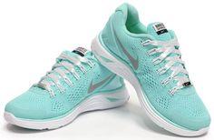 Nike Lunarglide 4 Womens Tiffany Blue White Marathon San Francisco---my favorite color!!!!