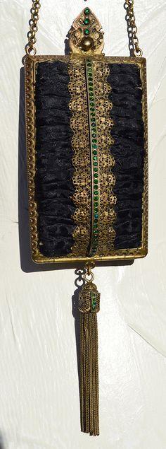 1890s Trinity Plate Dance Purse Art Nouveau by ADORNbySamouce Vintage Purses, Vintage Handbags, Handbag Accessories, Jewelry Accessories, Art Nouveau, 1890s Fashion, Calling Cards, Vintage Vanity, Art Deco Era