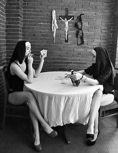 Naughty nuns strip poker twisting on 🖤🖤🖤🖤🖤🖤🖤🖤🖤🖤🖤 Hot Nun, Arte Obscura, Foto Art, Cool Ideas, Belle Photo, Dark Art, Black And White Photography, Hand Tattoos, Photography Portraits
