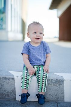 Salt City Emporium // green cream and espresso leggings