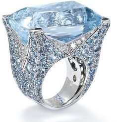 An aquamarine and diamond ring, by Vita