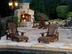 Get the information you need regarding propane vs. natural gas for an outdoor fireplace, so you can make the right choice for your new outdoor hot spot.