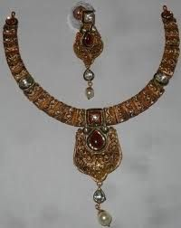 Image result for north east india necklaces India Jewelry, Jewellery, Gold Necklace, Bling, Necklaces, Accessories, Image, Jewels, Gold Pendant Necklace