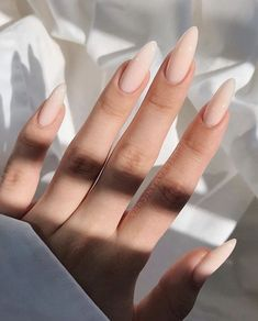 Almond Acrylic Nails, Best Acrylic Nails, Long Almond Nails, Fall Almond Nails, Almond Nail Art, Frensh Nails, Coffin Nails, Red Stiletto Nails, Milky Nails
