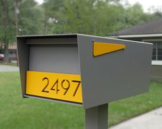 The Goodwood (Locking) Post Mount Mailbox by HANDSOMEindustries on Etsy https://www.etsy.com/listing/268893974/the-goodwood-locking-post-mount-mailbox