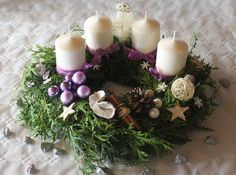 Wunderschöner Adventskranz Christmas Time, Christmas Wreaths, Merry Christmas, Xmas, Christmas Centerpieces, Christmas Decorations, Holiday Decor, Winter Shower, Diy And Crafts