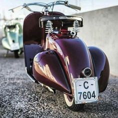 Discover recipes, home ideas, style inspiration and other ideas to try. Vespa Ape, Piaggio Vespa, Moto Vespa, Scooters Vespa, Lambretta Scooter, Scooter Motorcycle, Motor Scooters, Vintage Vespa, Vespa Retro